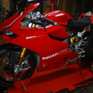 ducati 1199s abs with r stickers