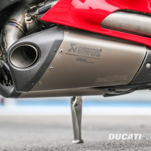 Akrapovic Titanium Exhaust Assembly, Racing Silencers, Racing Manifolds